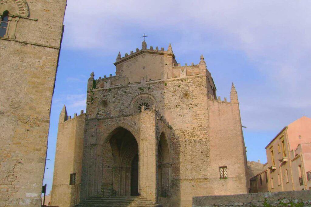 duomo erice borgo medievale