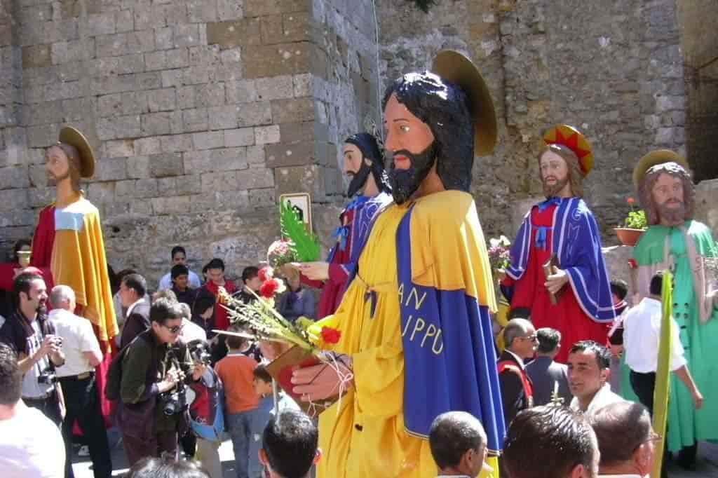 santoni di Aidone pasqua sicilia