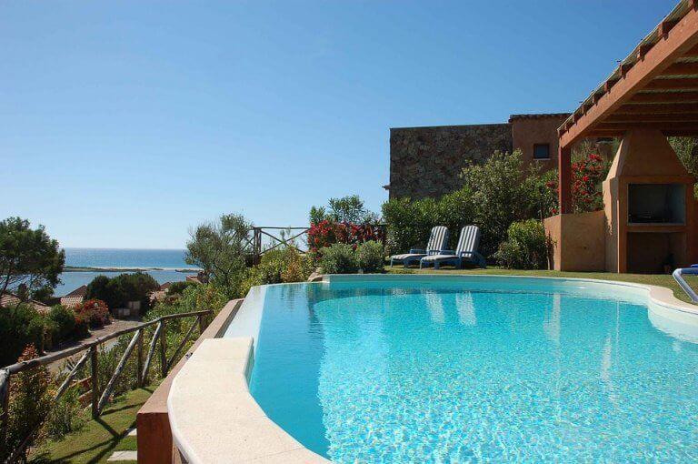Soggiornare in un hotel sulla spiaggia vista mare in Sicilia